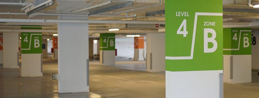 Wayfinding signage system in a parking garage